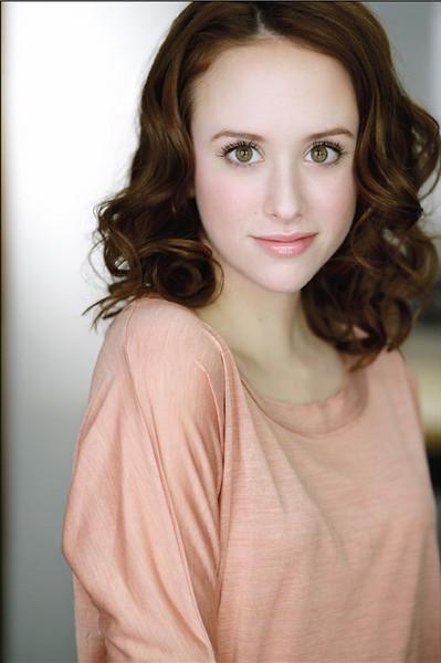 Lauren Ireland
