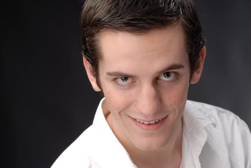 Dylan Thompson 007