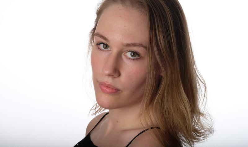 Emily Hromin-36