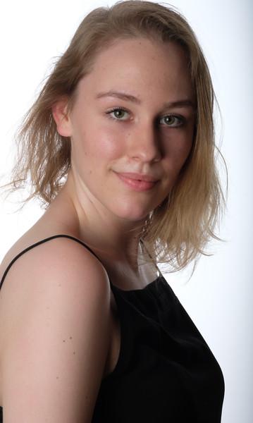 Emily Hromin-20