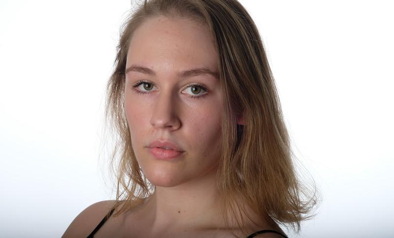 Emily Hromin-39