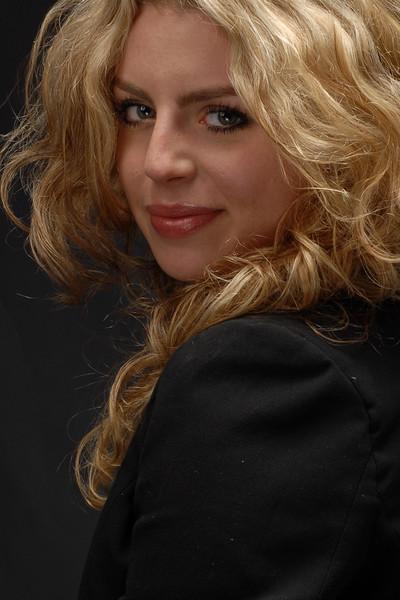 Chelsea Logan  019