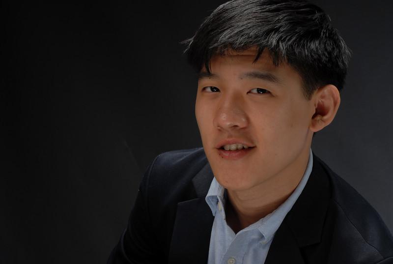 Raymond Chu  029