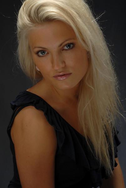 Isabelle Ringnes  007