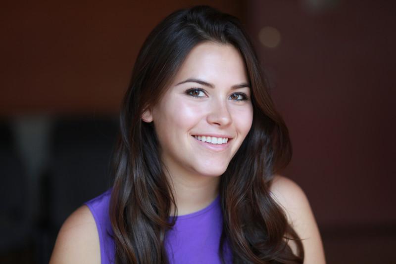 Elena Besser-019