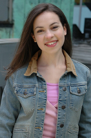 GAYLIE GREEN played by Julia Rosenbaum