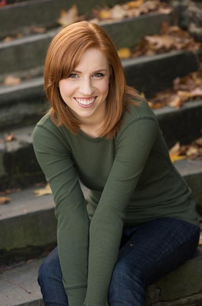 RED MONROE played by Maggie Cummings