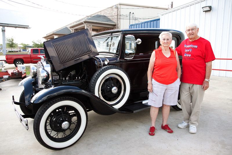 Jerry. Veterans and friends enjoyed a trip down memory lane while viewing a Model A Ford.  Model A courtesy of Jerry Kent from the Pinewood Model A club.