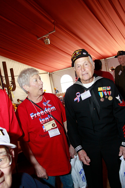 Military supporter Julee MacDonald and WWII veteran Ike Hargraves