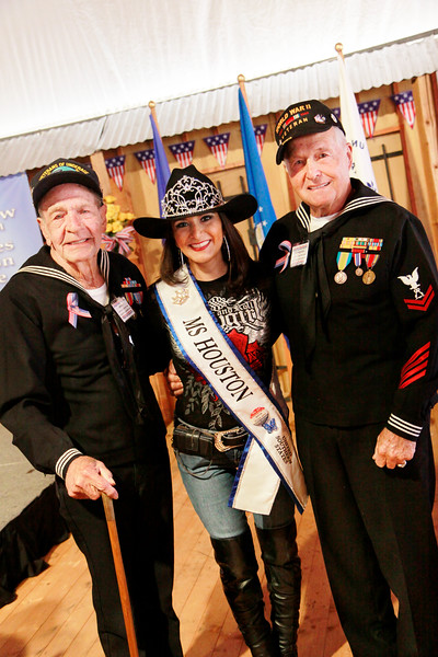 WWII veterans John Laws and Ike Hargraves with  Ms Houston