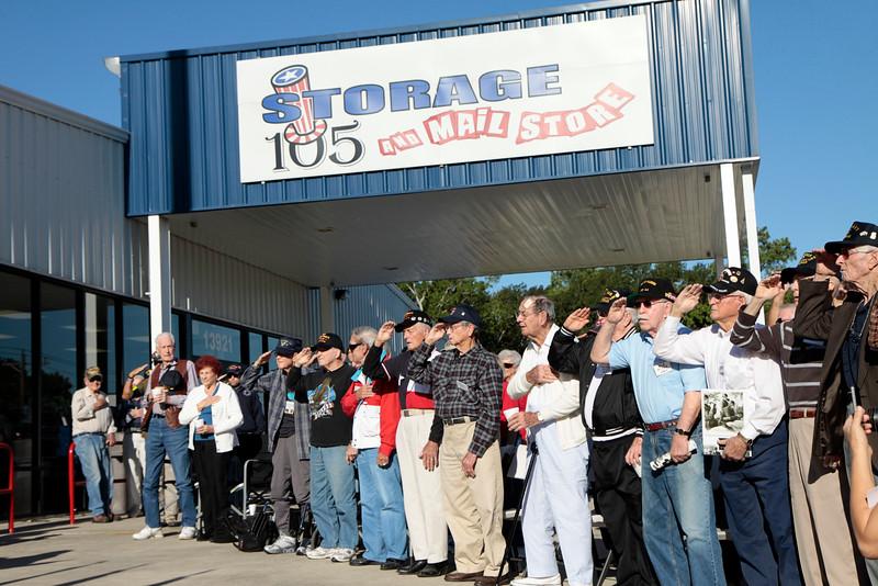 10Oct6 Flag Raising WWII veterans 015