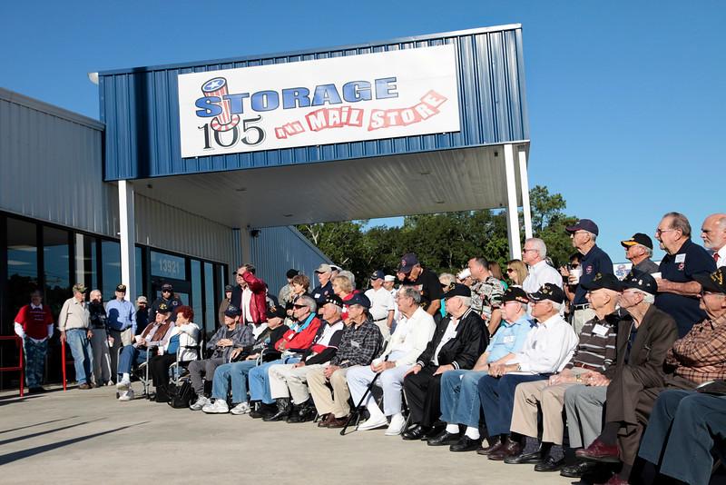 10Oct6 Flag Raising WWII veterans 020