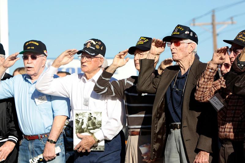 10Oct6 Flag Raising WWII veterans 004