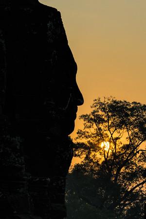 Sunrise Prasat Bayon