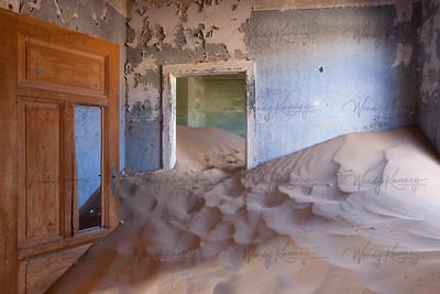 Blue Room- Kolmanskop, Namibia