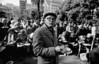 Olla popular para jubilados en Plaza Lavalle, Buenos Aires, Argentina, Junio 4, 1991. (Austral Foto/Renzo Gostoli)