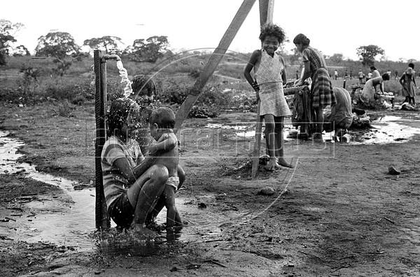 Campo de refugiados Nicaraguenses en Honduras antes del triunfo de la revolucion sanndinista, enero 1979.