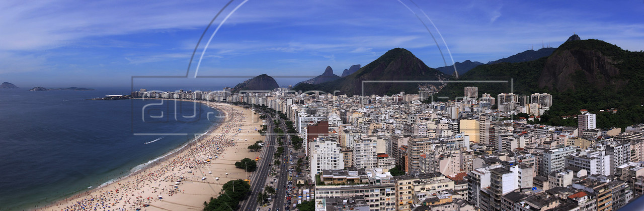 View of Copacabana neighbohood and beach in Rio de Janeiro, Brazil. (Australfoto/Douglas Engle)