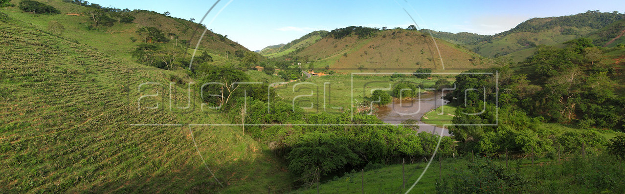 A view of the valley in Acaiaca, Minas Gerais state, Brazil, showing the Rio do Carmo. The Municipality is located between Mariana and  Barra Longa (approx: 20° 21′ 46″ S, 43° 8′ 42″ W) and has an economy based largely on dairy production. (Australfoto/Douglas Engle)