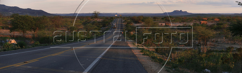 The BR-232 highway near Arcoverde, in the northeastern Brazilian state of Pernambuco. (Australfoto/Douglas Engle)
