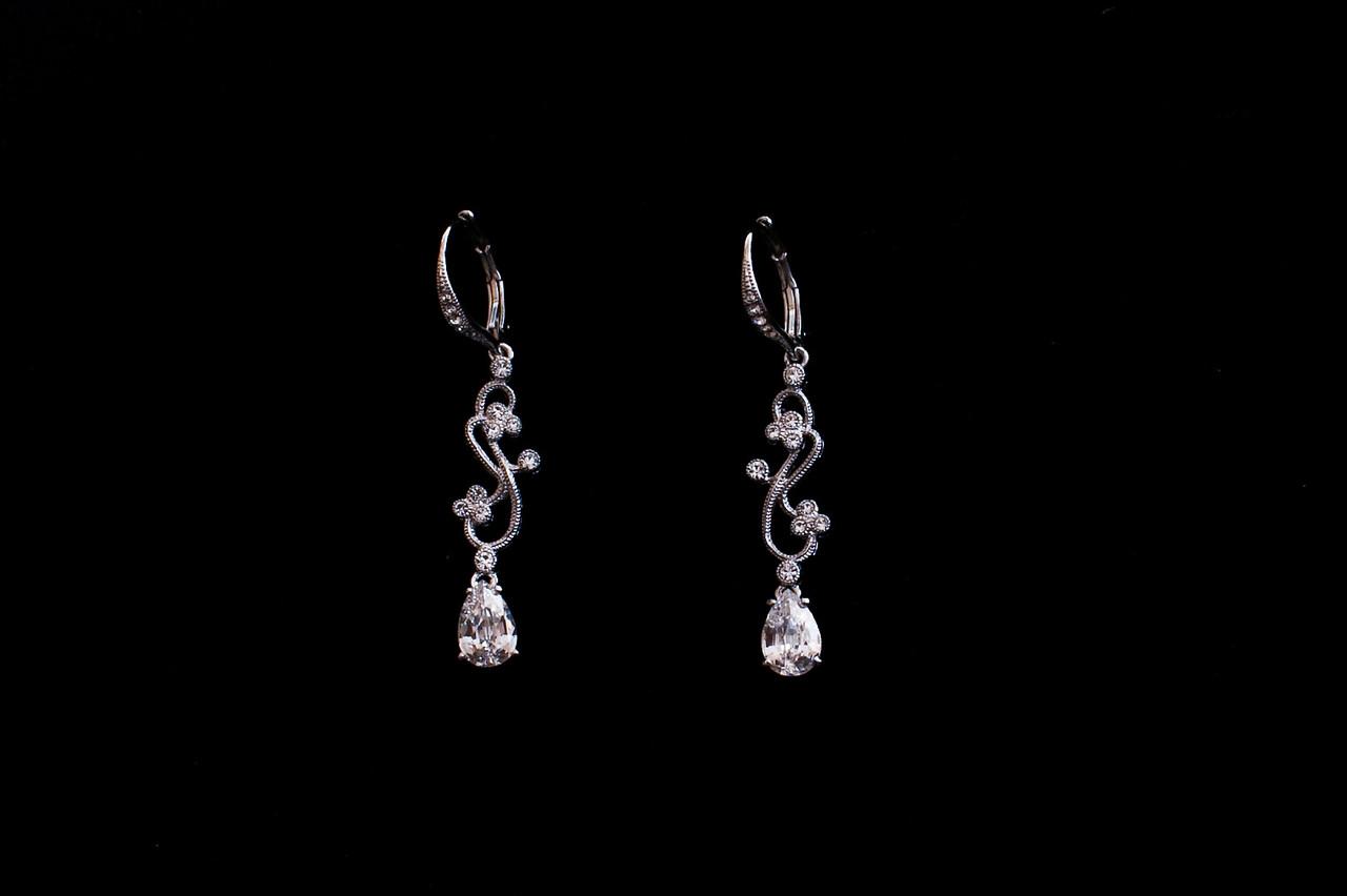 Her earrings!