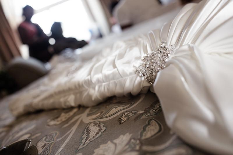 Her dress detail!