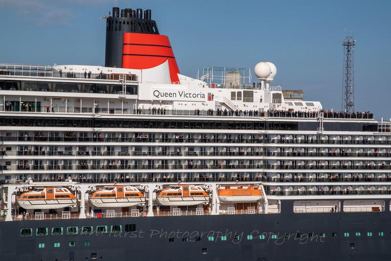 Queen Victoria passengers wave us off