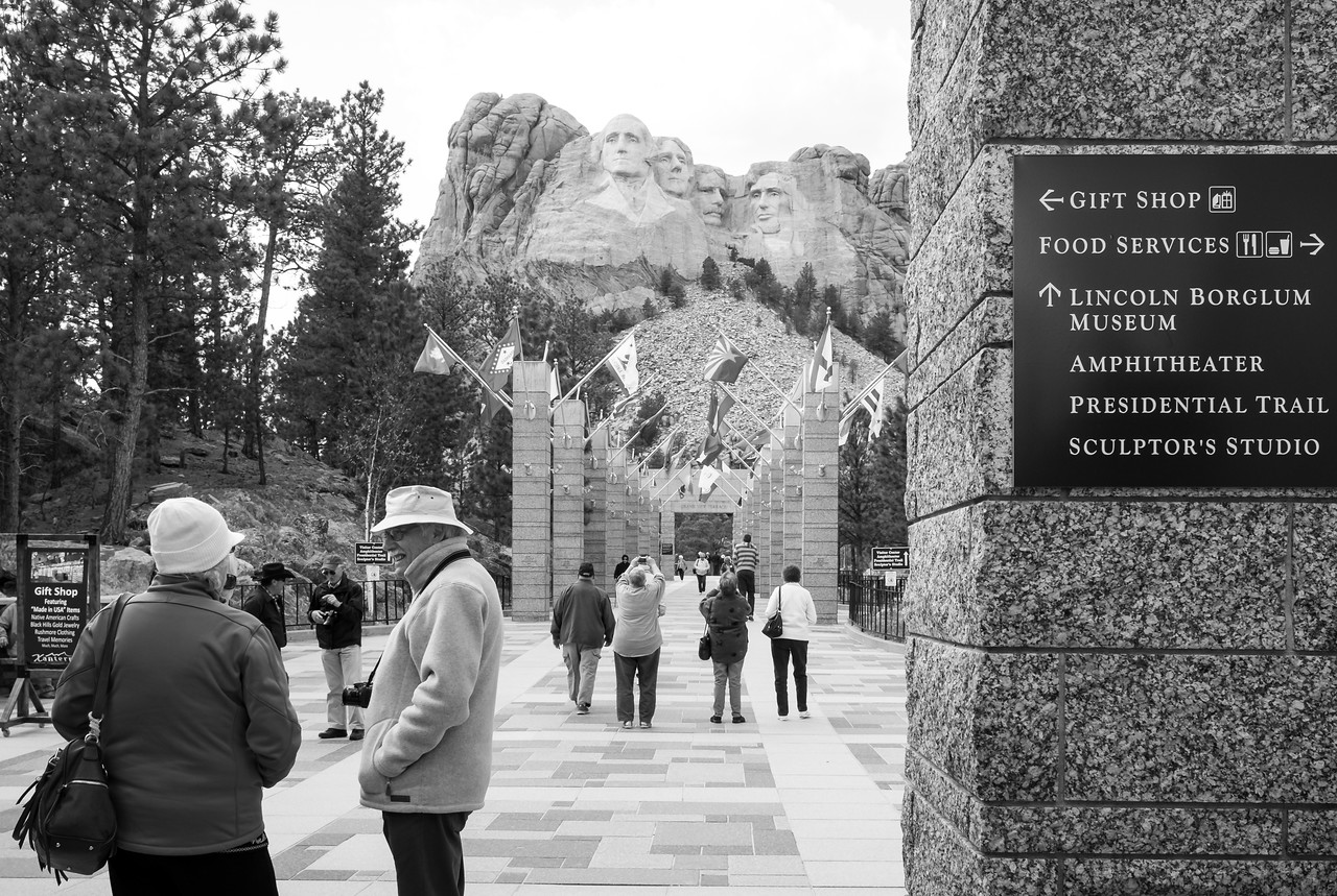 On to Mt Rushmore in the afternoon.