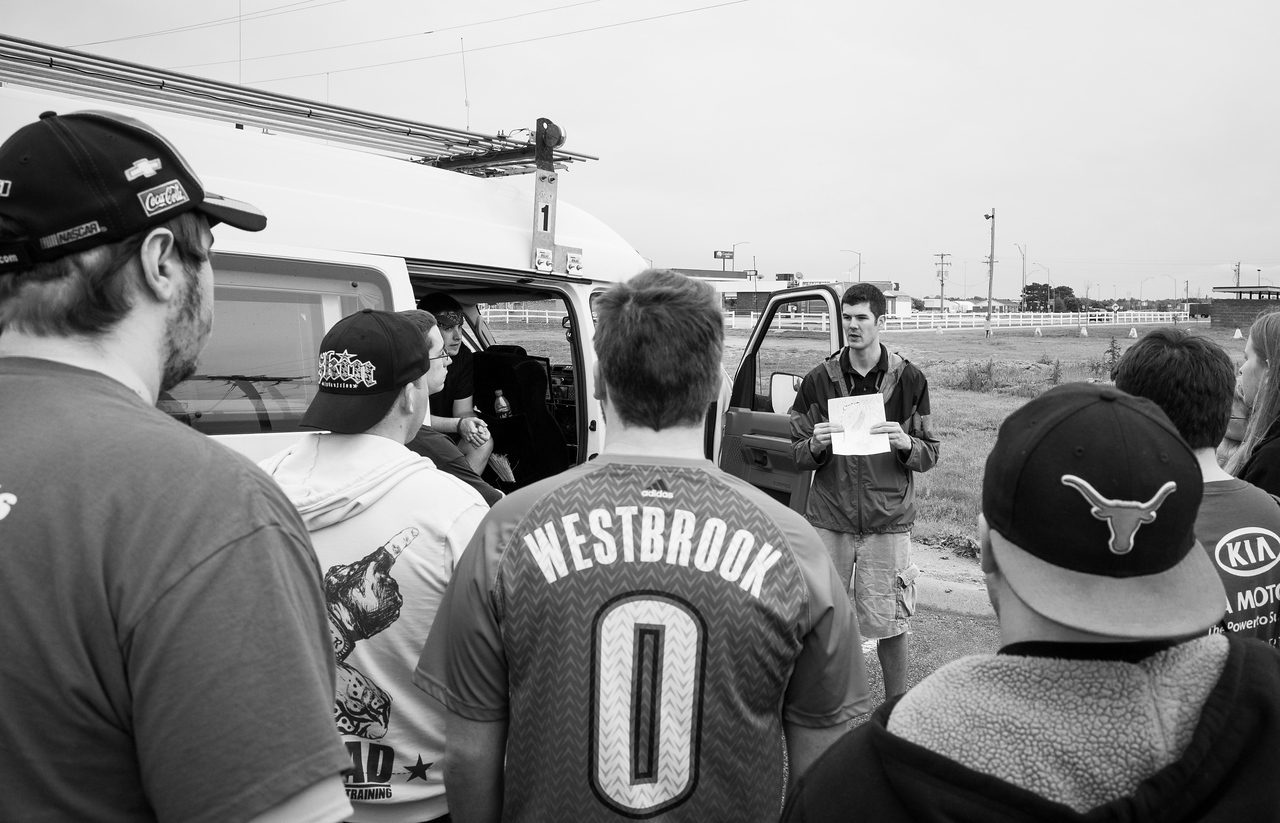 Day 2(5/16): Lexington NE.<br />   Morning briefing.  Big day today with torn threat 4!!  Targets are in western OK.