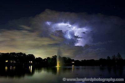 This was probably my favorite bolt.  It shot up out of the storm and hit the anvil, spreading out into a T.