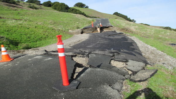 Rocky Ridge Road – Radio Tower Access, Las Trampas Regional Wilderness, San Ramon