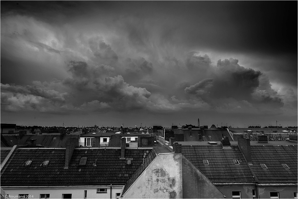´Storm clouds and deep convection over Berlin, April 2014