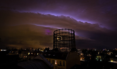 Late night shelfcloud over Berlin, August 2013