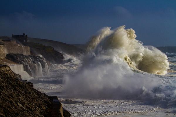 Hurricane Surf, Porthleven