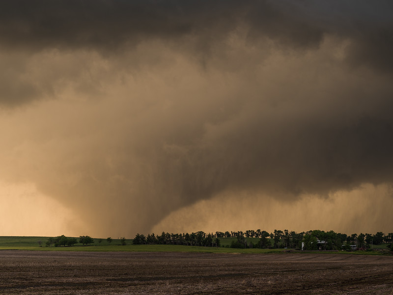 Tornado near Abilene, Kansas