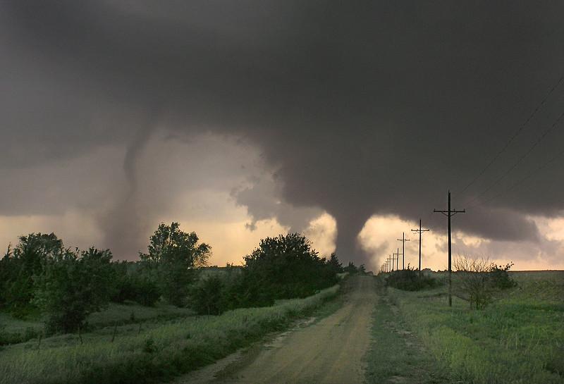 Twin Tornadoes, Kansas