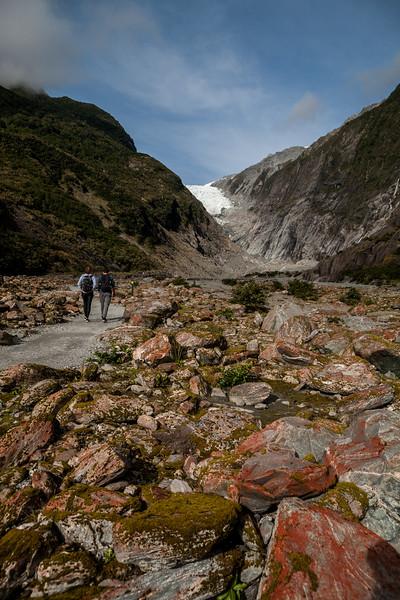 Red rocks on the way to Franz Josef glacier, New Zealand
