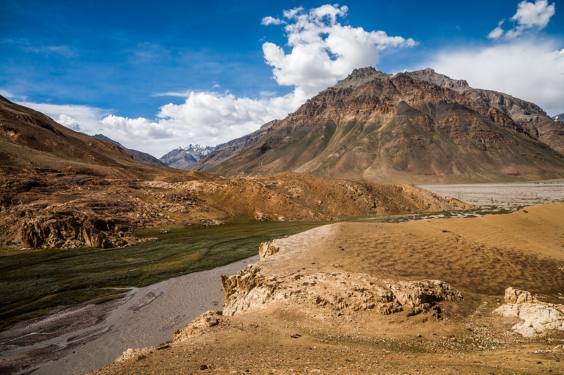 Following the Spiti river on the way from Manali to Kaza in the Spiti valley