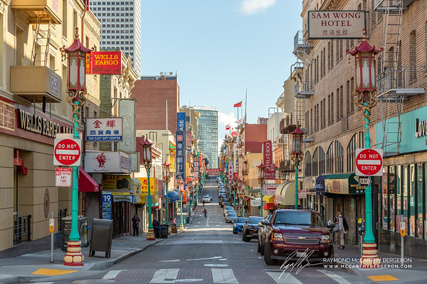 A very unusually quiet Grant street in Chinatown.