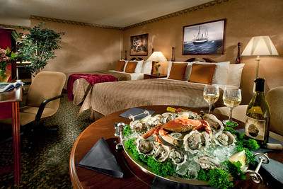 Why get take out Pizza, when you can go get fresh oysters and crabs?  That's what staying on the California coast by the ocean is all about. http://www.pacificplazahotels.com/   Humboldt  Bay Inn.  Eureka, CA.