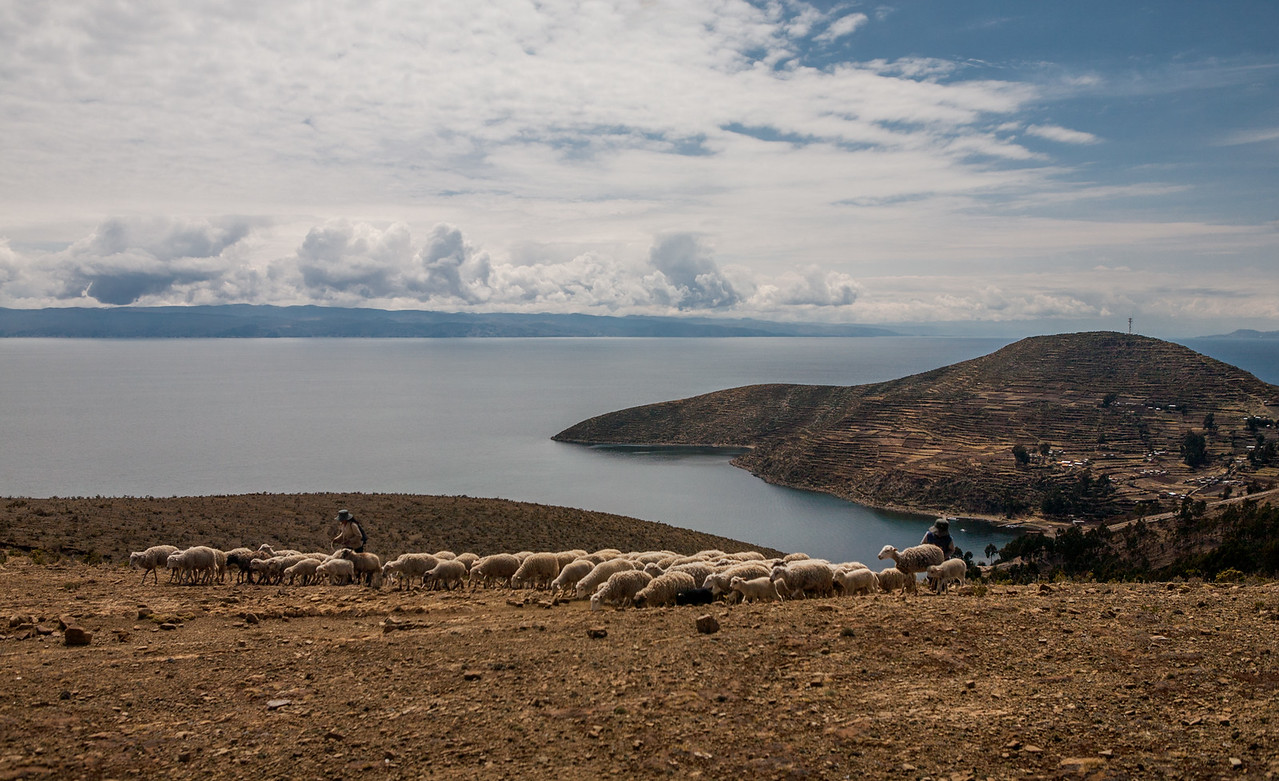 Start of the walk to the north side of Isla del Sol, an island on Lake Titicaca in Bolivia
