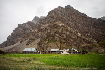 Mountains start to become brown and barren as the Greater Himalayas start after the Zoji la in Drass.