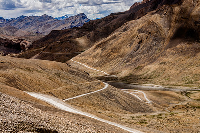 Lachung la or Lachulung La or Lāchālūng La or Lungalacha La. The second pass of the Leh-Manali route, it is a long meandering pass with its peak at 4891 m.  Read the story of our journey at The Leh Manali route – an epic journey