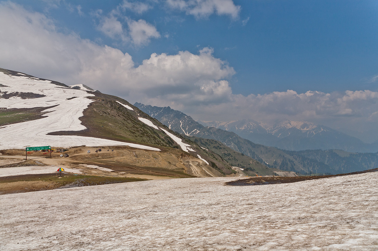 Sinthan Top, Kashmir, India