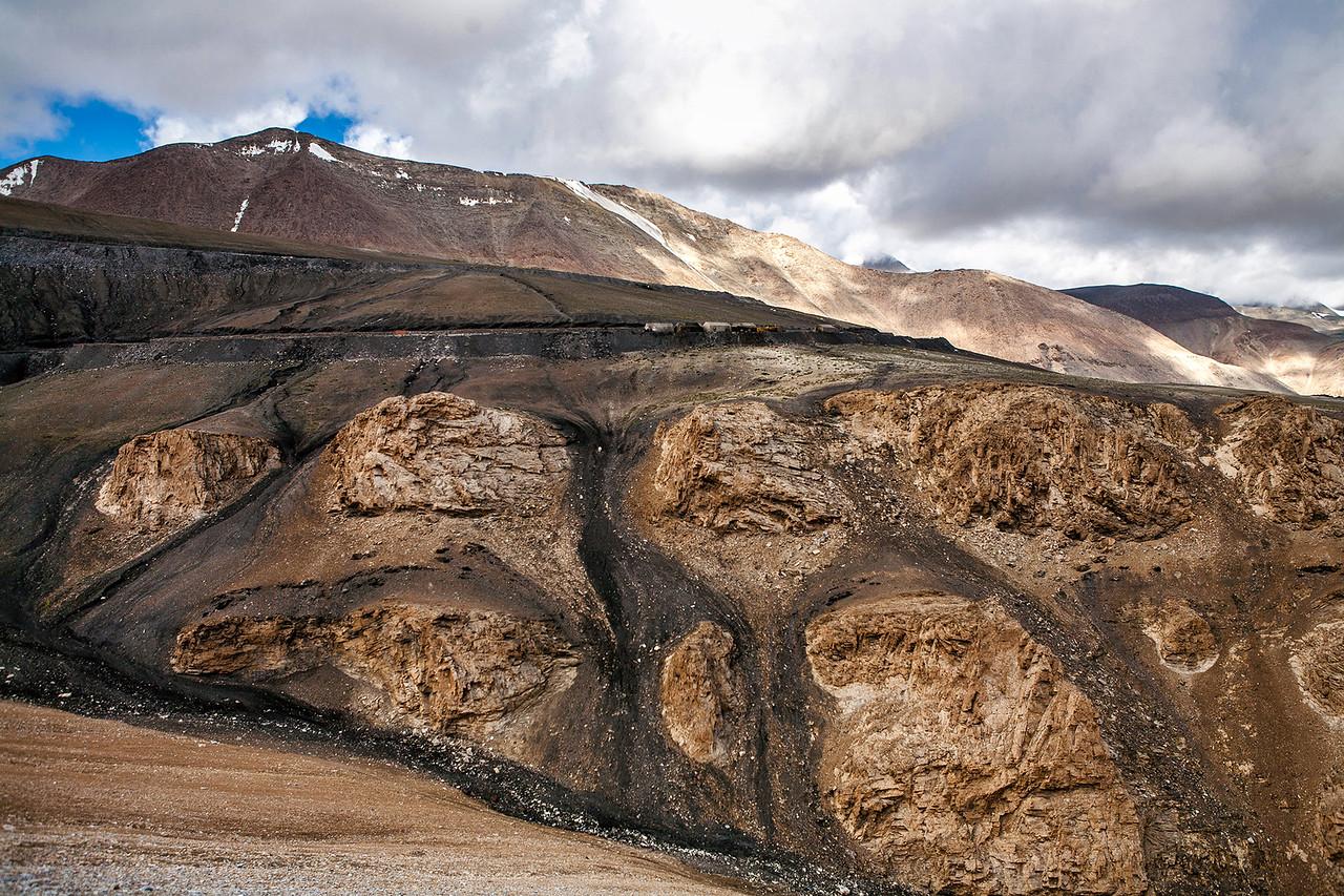 Tanglang la, Leh-Manali Highway, India