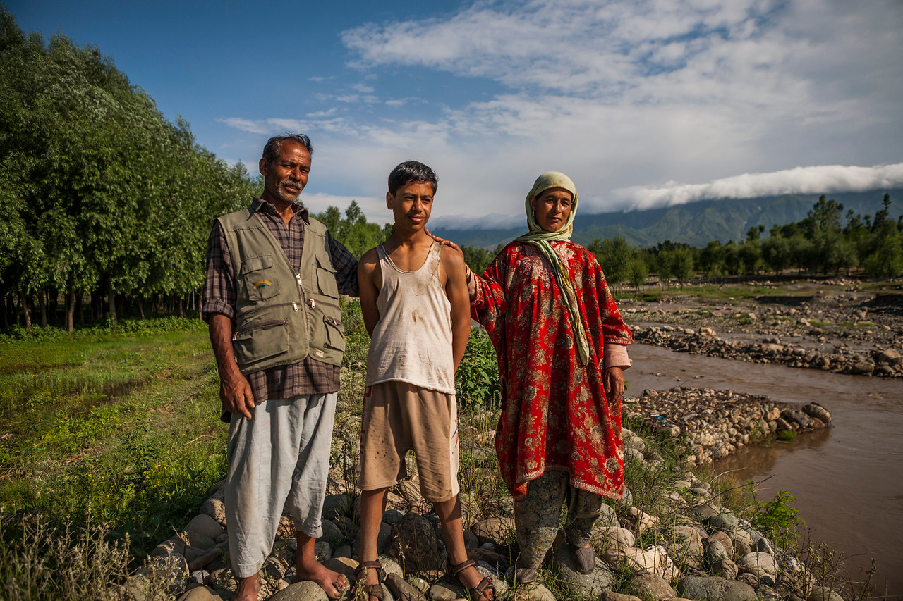 A farmer family from Kolam Chinar, Kashmir