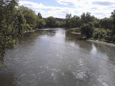 The Cannon River flows through Cannon Falls.
