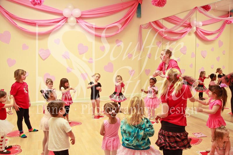 074 Pinkalicious Benefit 2012