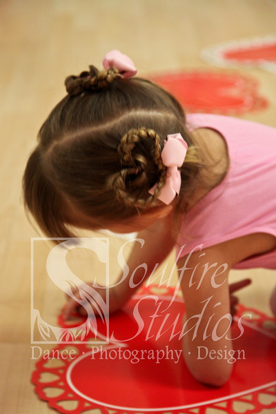 052 Pinkalicious Benefit 2012