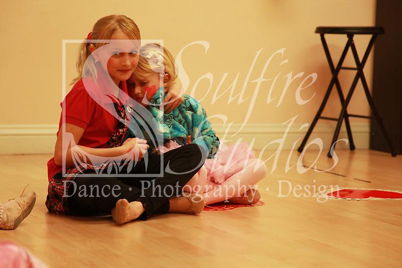 059 Pinkalicious Benefit 2012